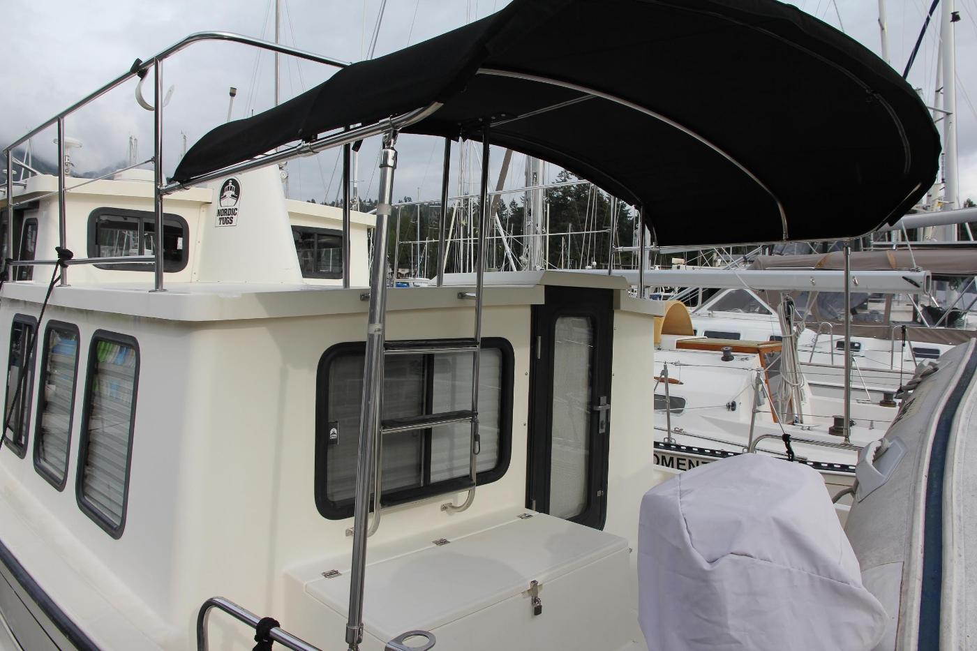 2001 Nordic Tugs 32 Pilothouse, Cockpit Bimini