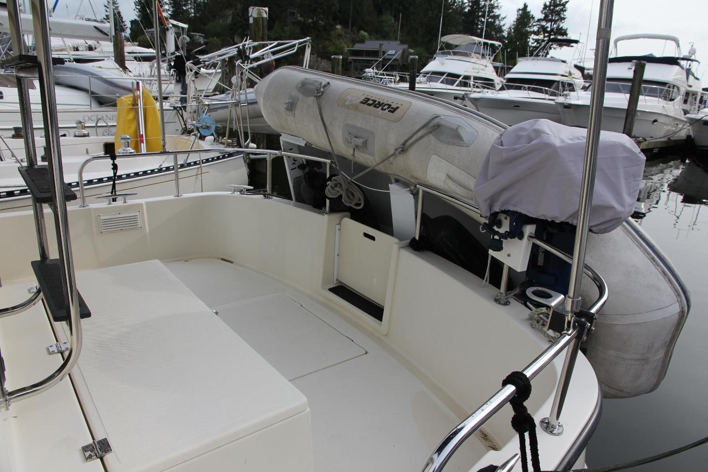 2001 Nordic Tugs 32 Pilothouse, Aft Cockpit