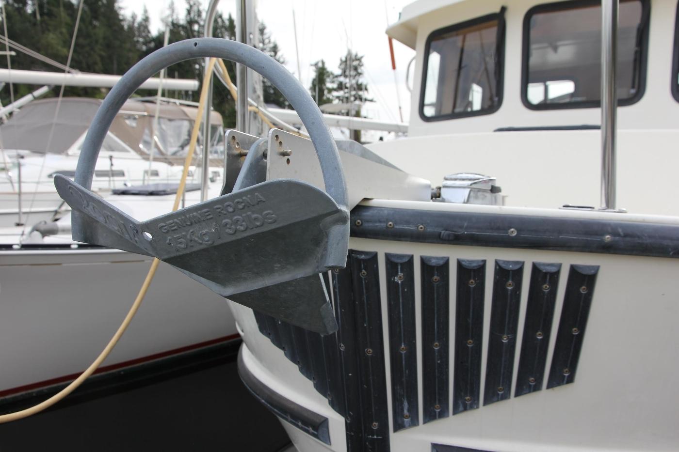 2001 Nordic Tugs 32 Pilothouse, Anchor