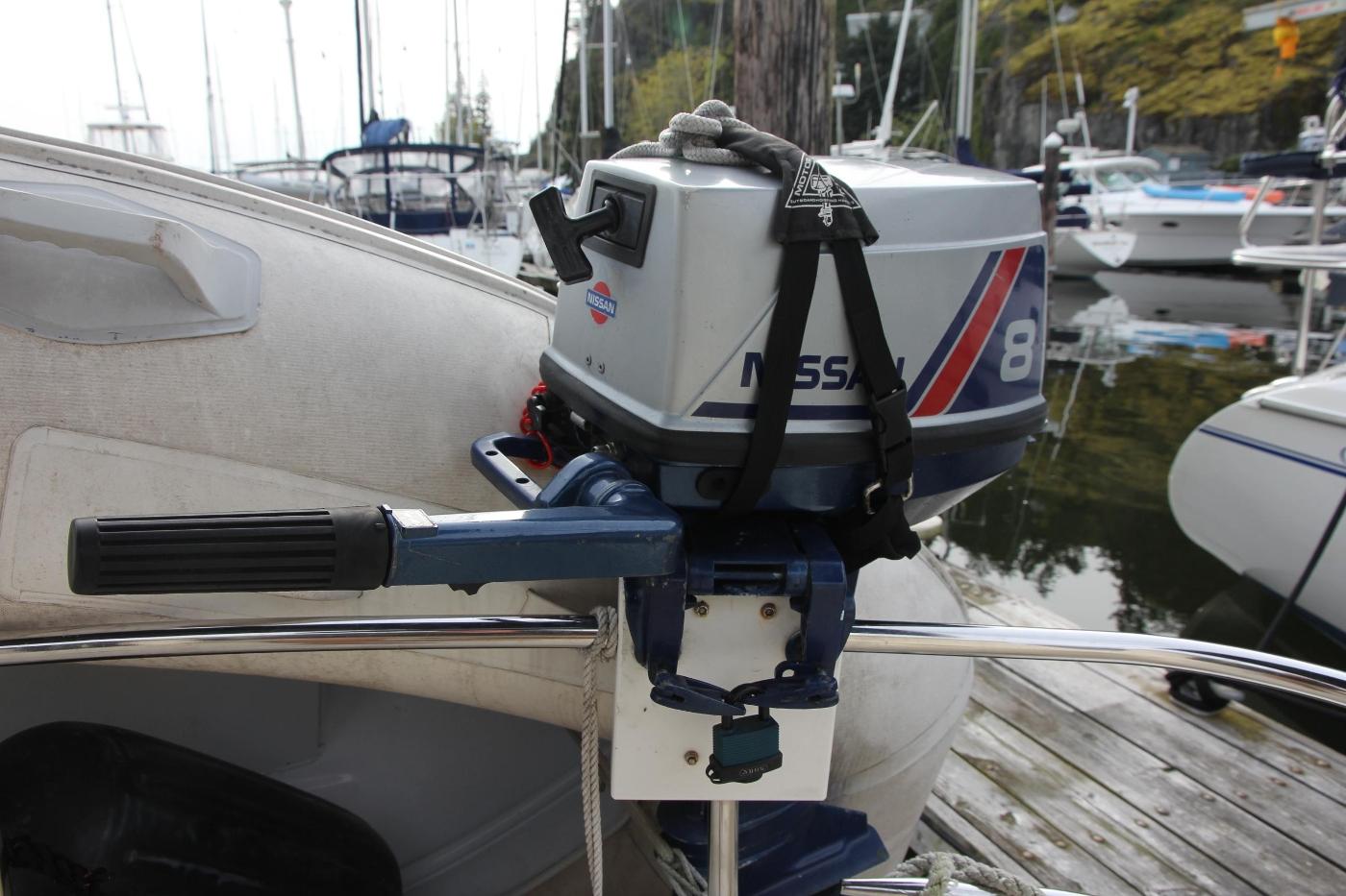 2001 Nordic Tugs 32 Pilothouse, Outboard