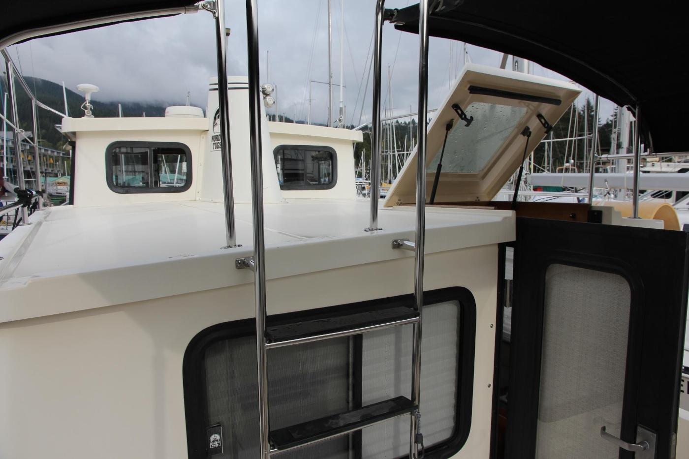 2001 Nordic Tugs 32 Pilothouse, Ladder to Upper Deck