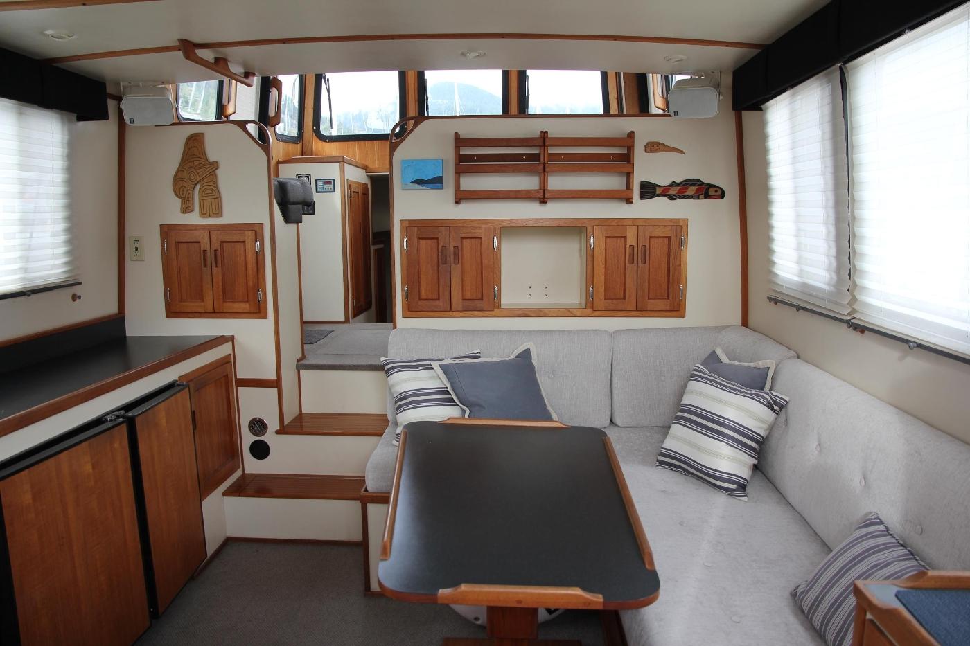 2001 Nordic Tugs 32 Pilothouse, Salon Looking Forward