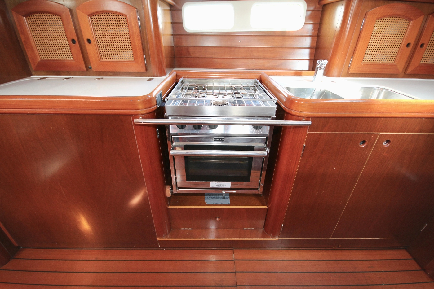 1997 Beneteau Oceanis 461, Force 10 stove & oven