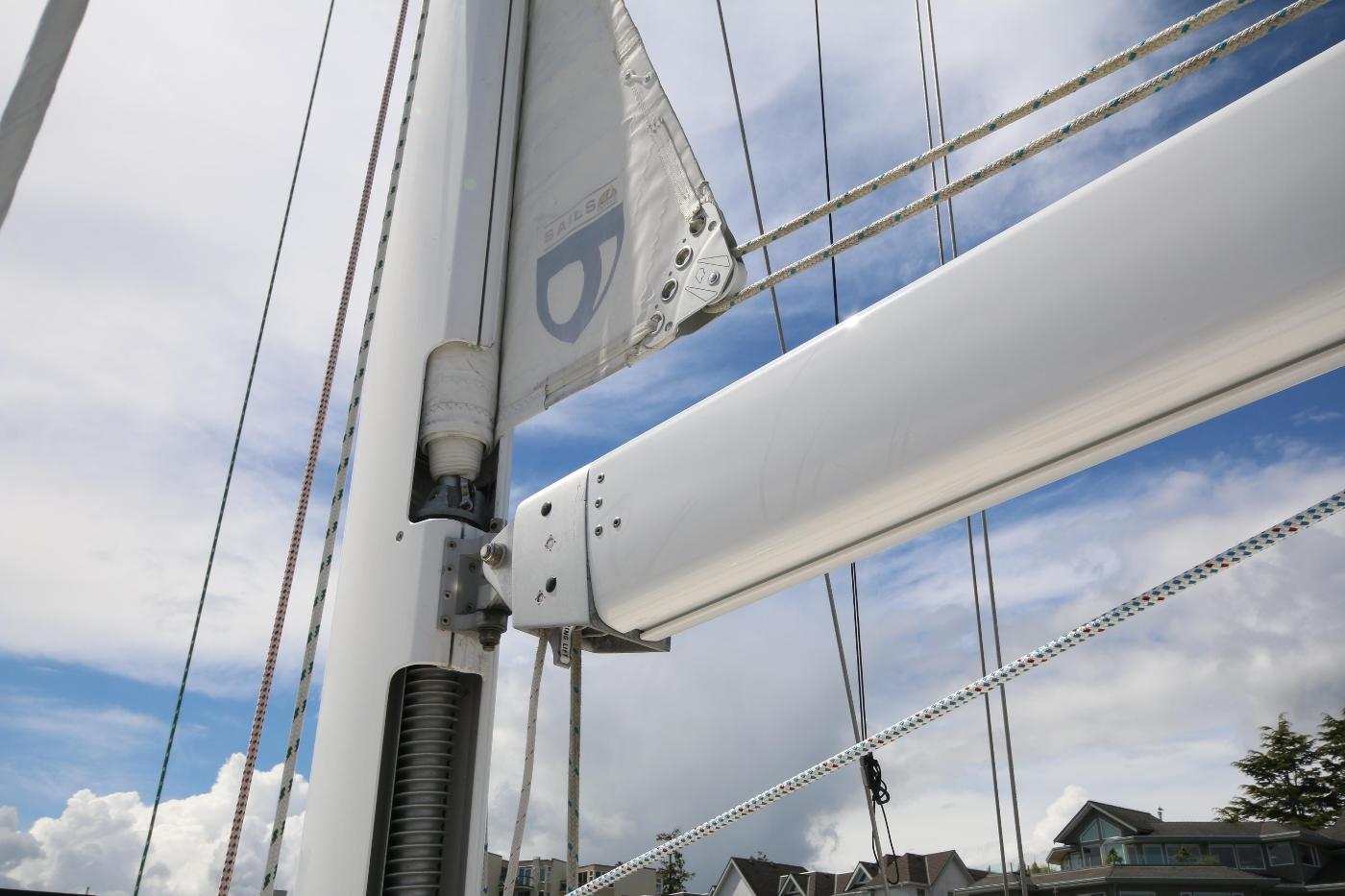2003 Tartan 3700, Sail & Boom