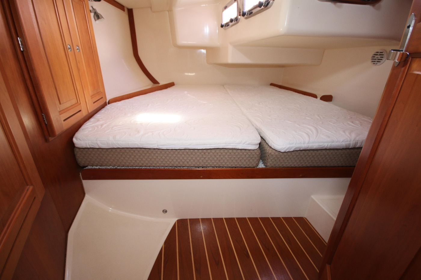 2003 Tartan 3700, Aft Cabin