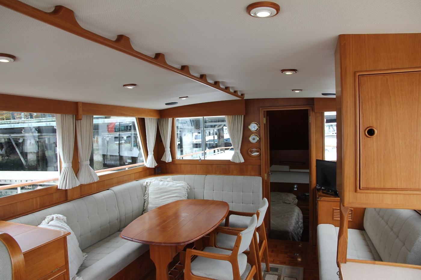 2001 Grand Banks 42 Classic, Salon From Galley