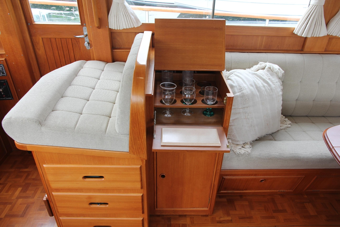 2001 Grand Banks 42 Classic, Helm Seat and Bar Cabinet