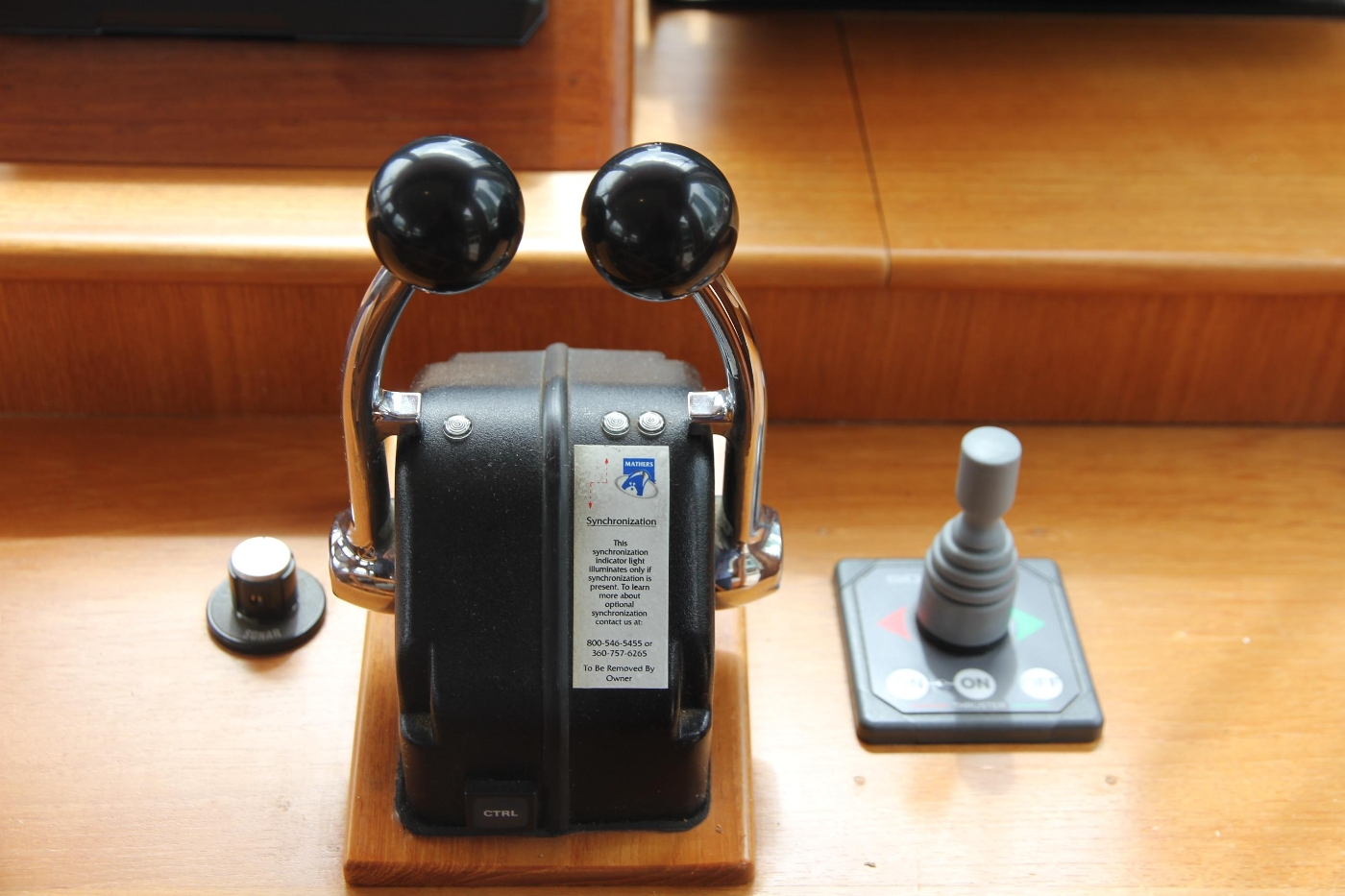 2001 Grand Banks 42 Classic, Engine and Thruster Controls