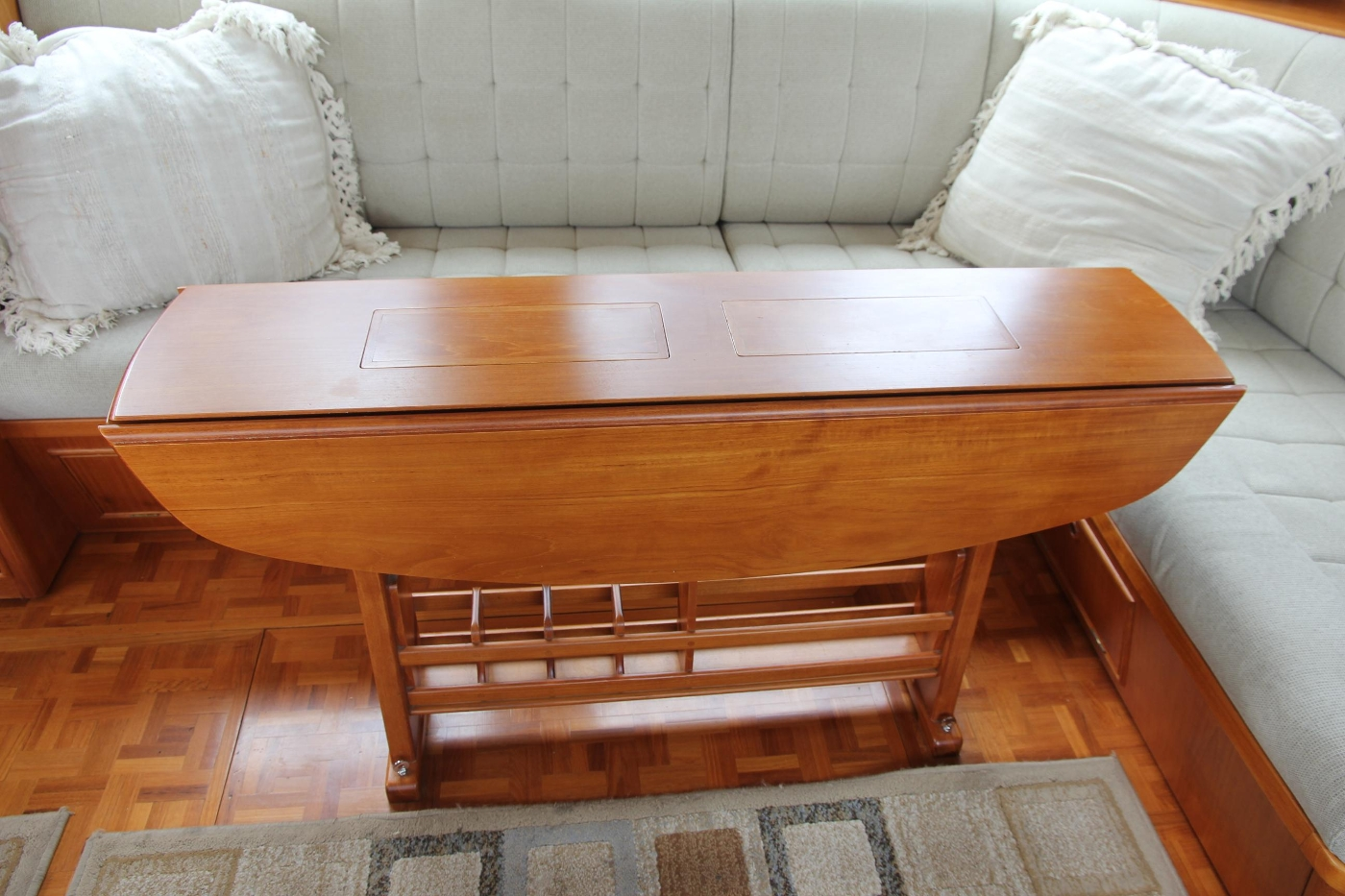 2001 Grand Banks 42 Classic, Folding Yacht Table