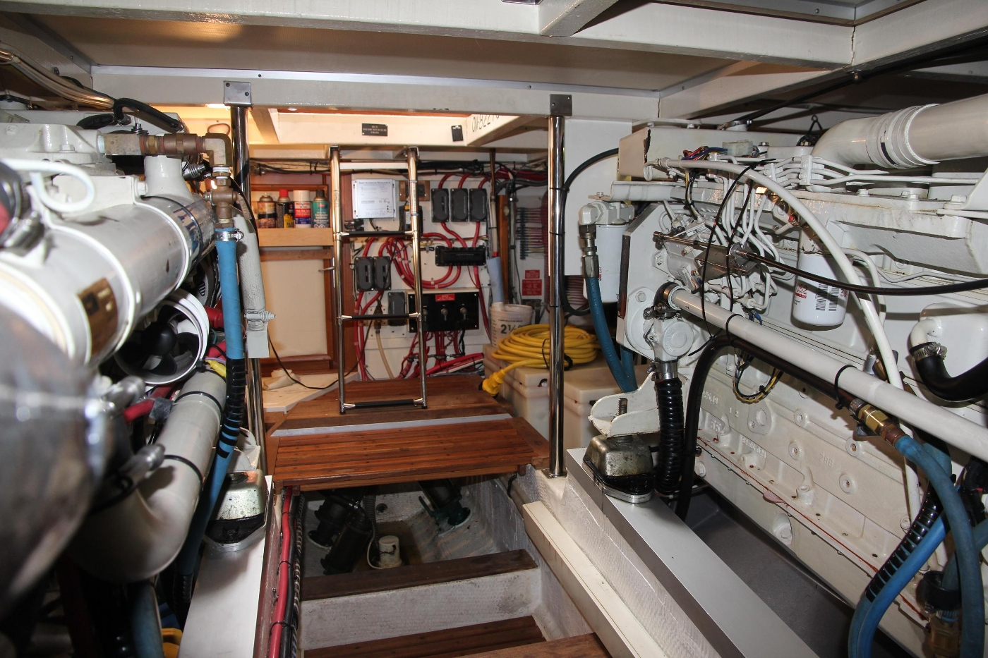 2001 Grand Banks 42 Classic, Engine Room Looking Forward