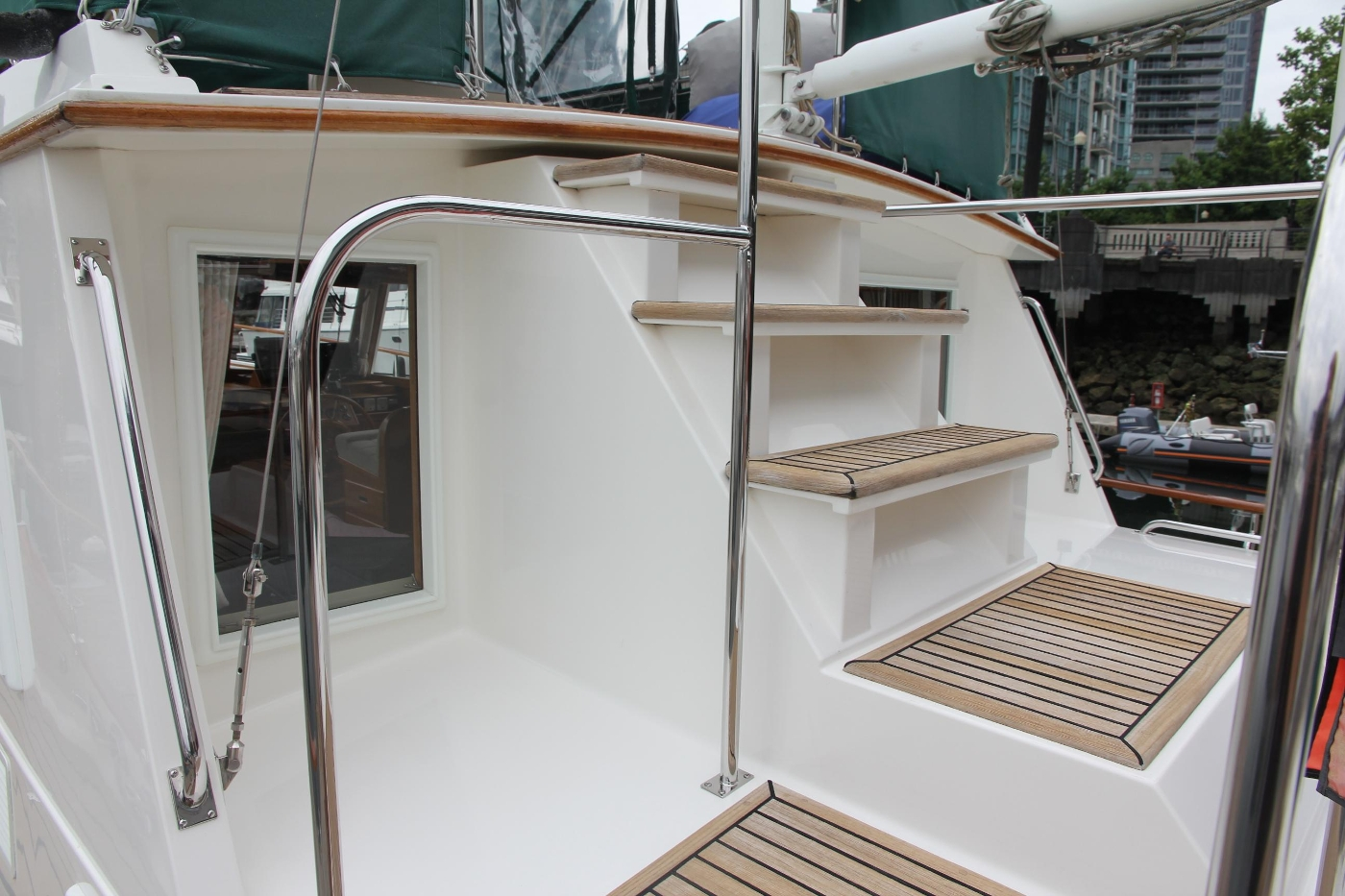 2001 Grand Banks 42 Classic, Stairs to Upper Deck