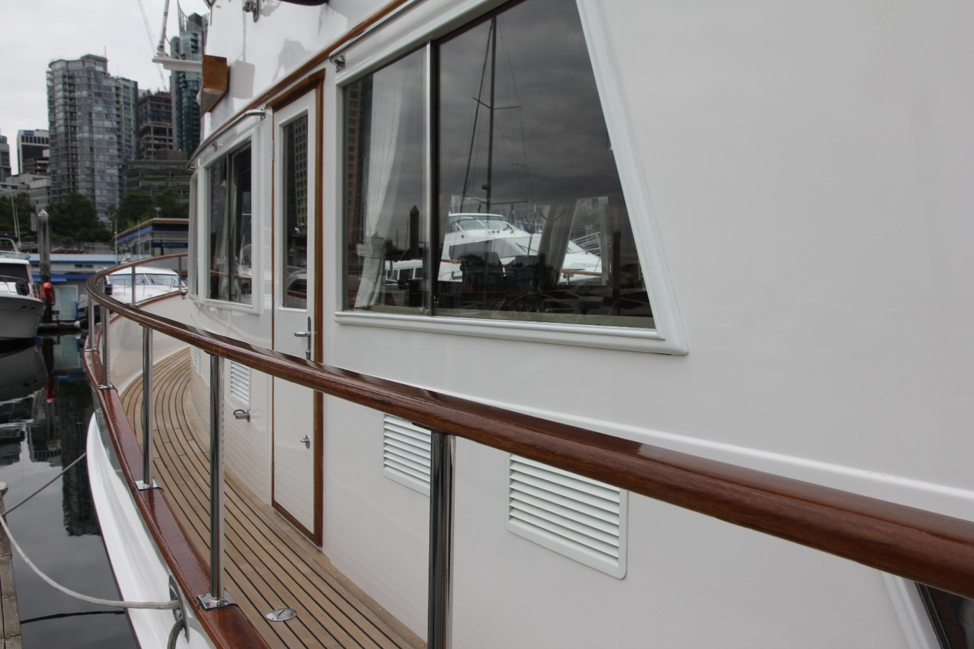 2001 Grand Banks 42 Classic, Portside Deck and Window
