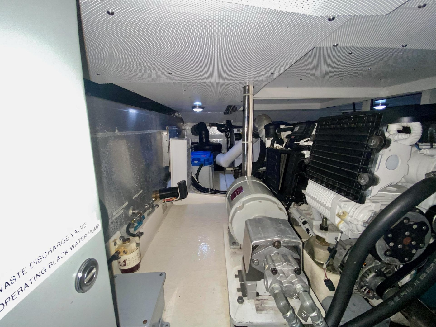 2010 Bracewell 41, Machinery Space Detail 2