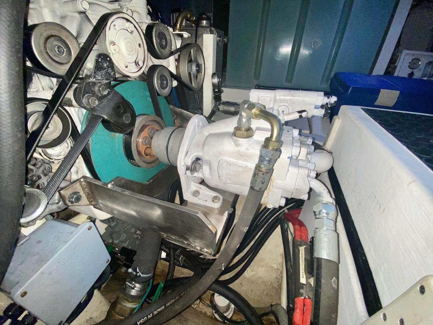2010 Bracewell 41, Hydraulic Pump