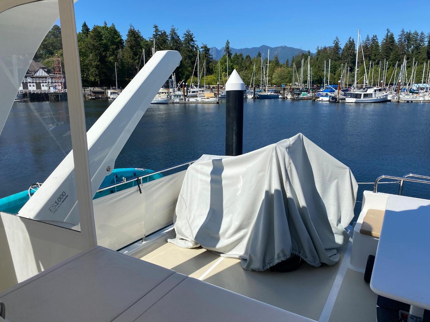 2011 Selene 45, Boat deck