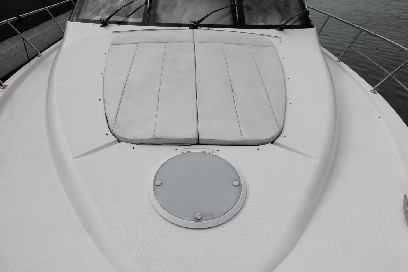 2005 Carver 560 Voyager Pilothouse, Sun Pad Cushions