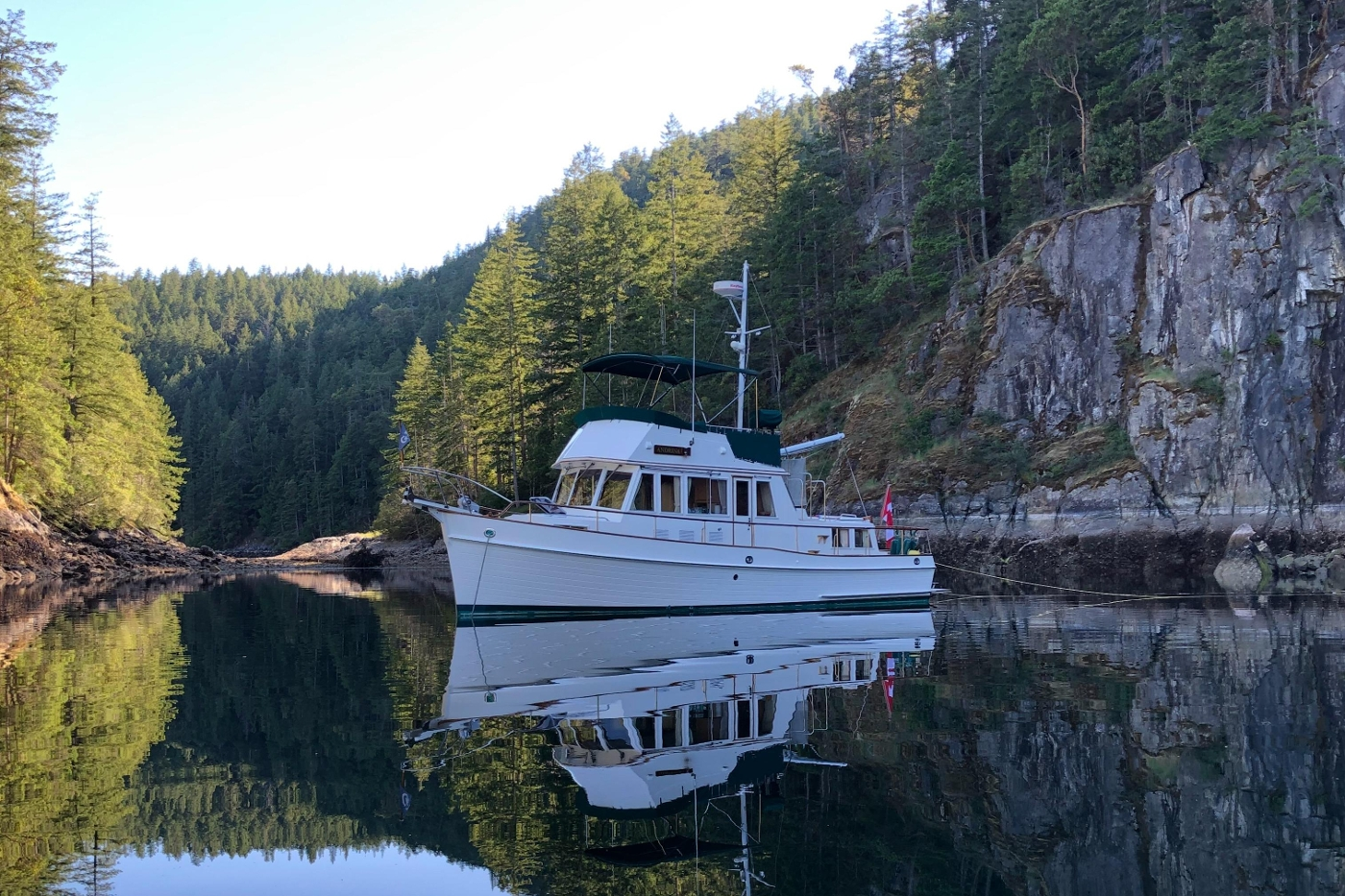 1995 Grand Banks 36 Classic, Stern Tied