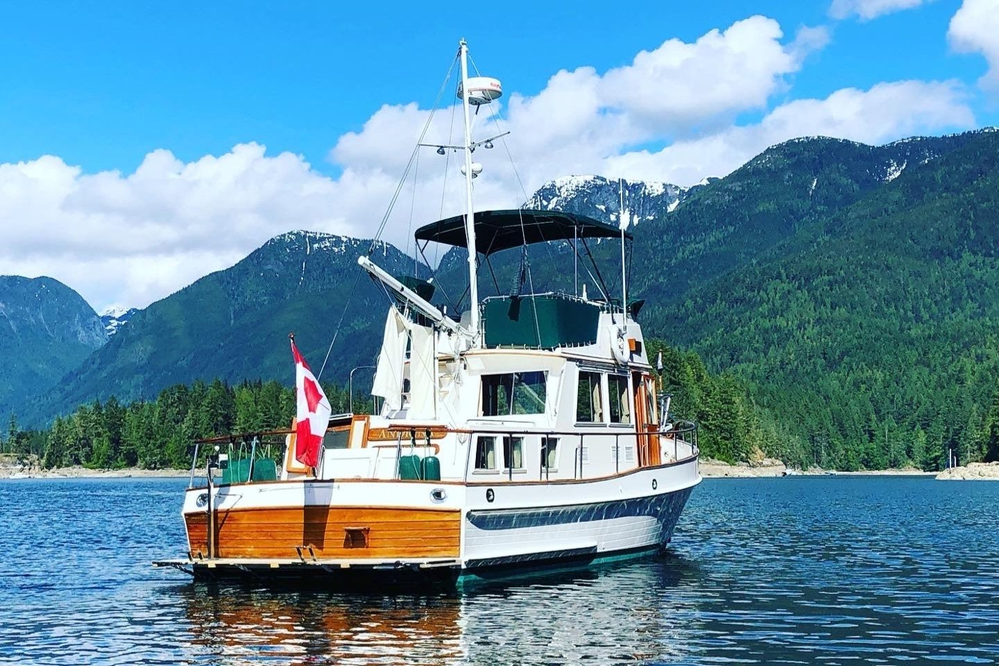1995 Grand Banks 36 Classic, Aft View At Anchor