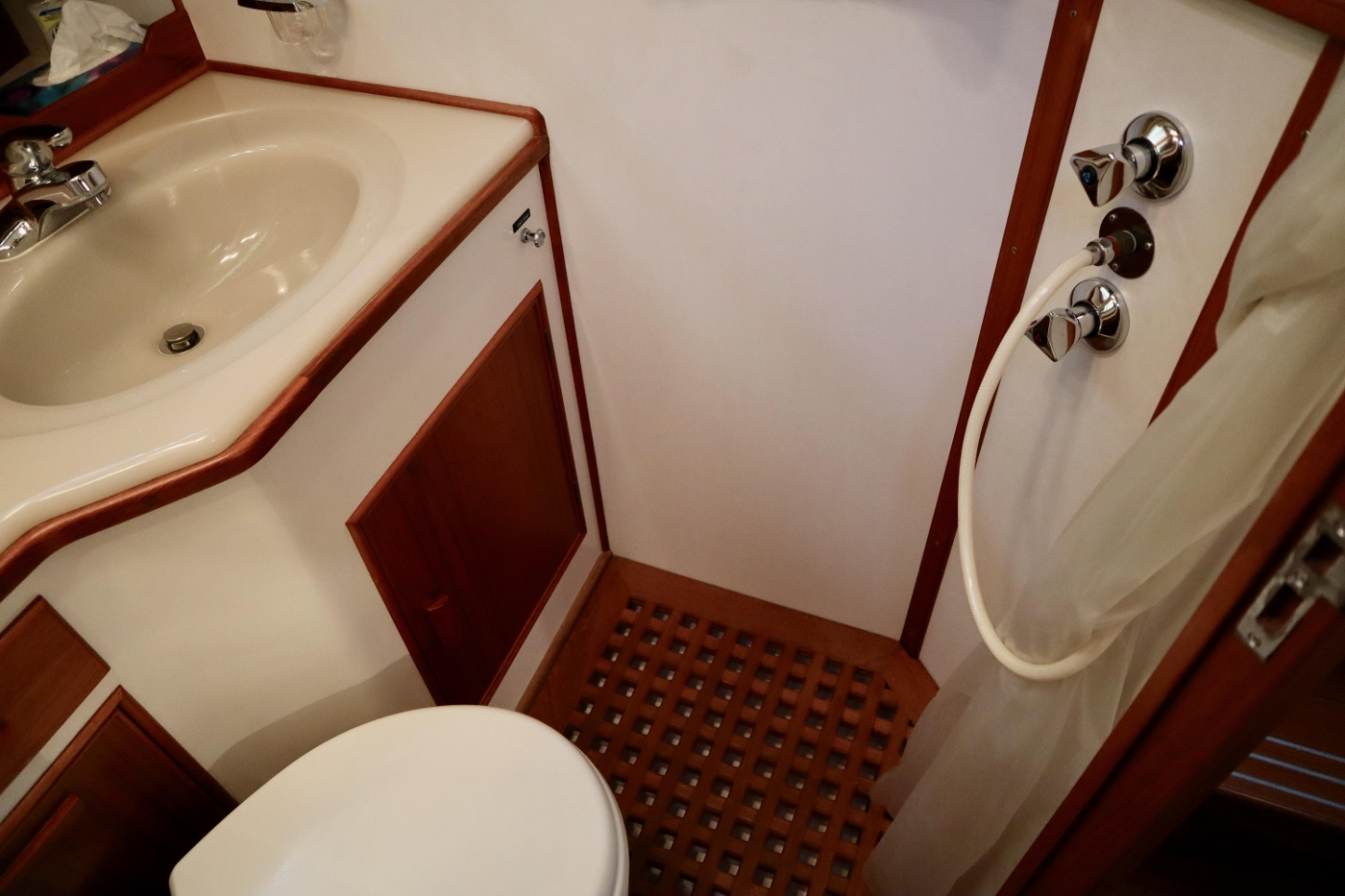 1995 Grand Banks 36 Classic, Forward Head and Shower