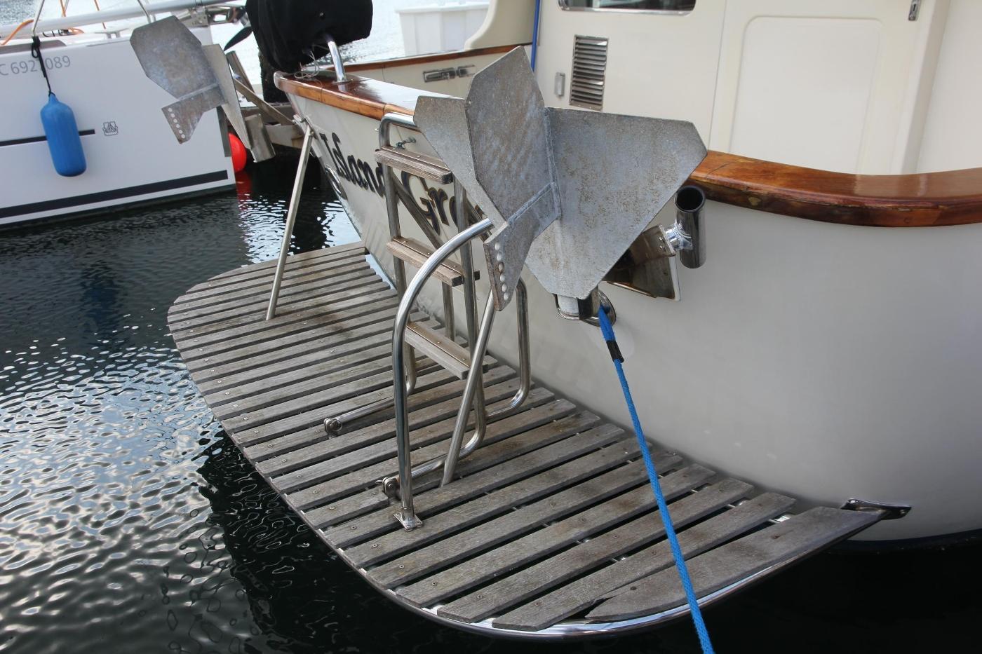 2000 Nordhavn Pilothouse, Teak Swim Platform
