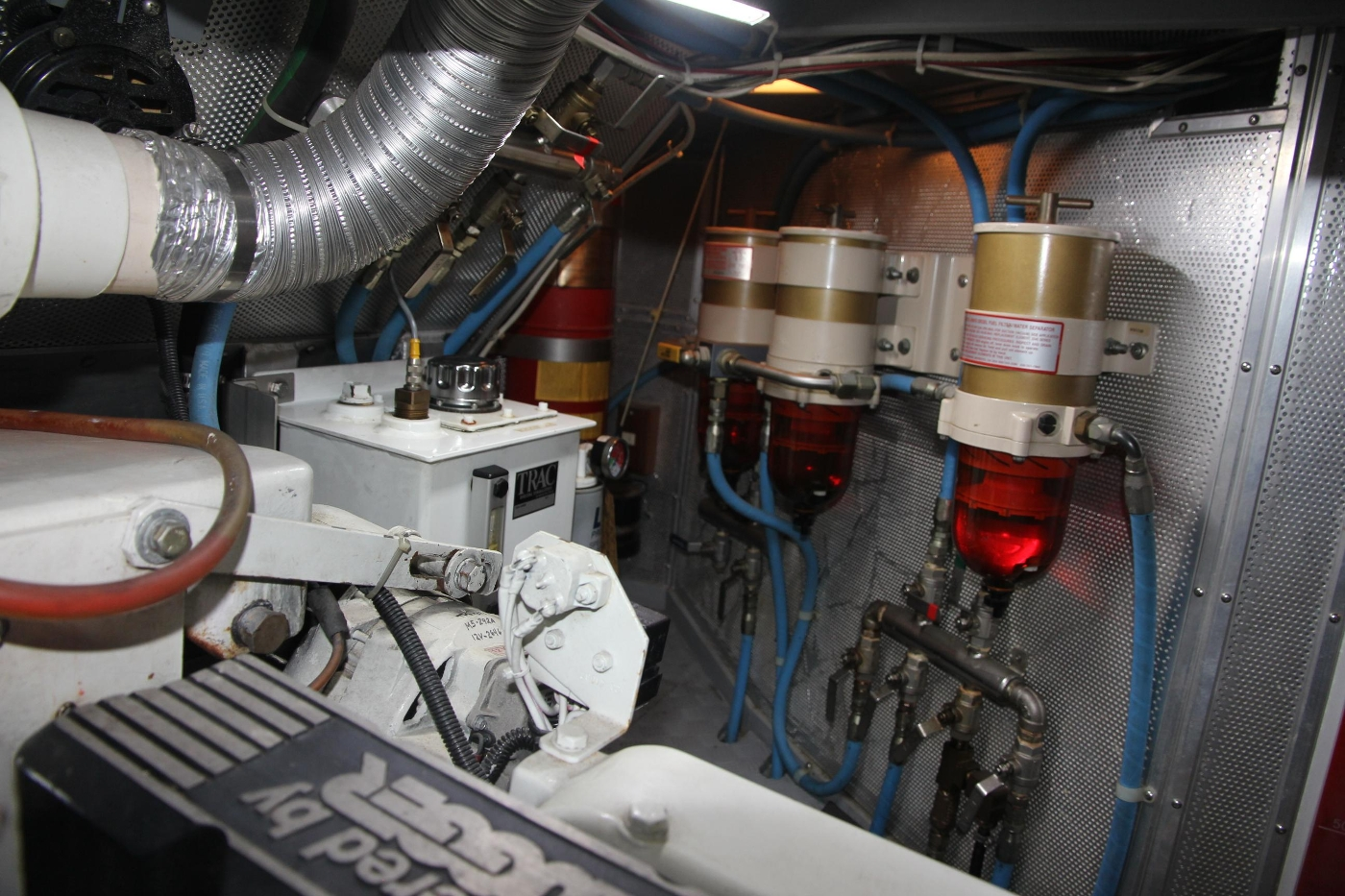 2000 Nordhavn Pilothouse, Fuel Filters and Hydraulics