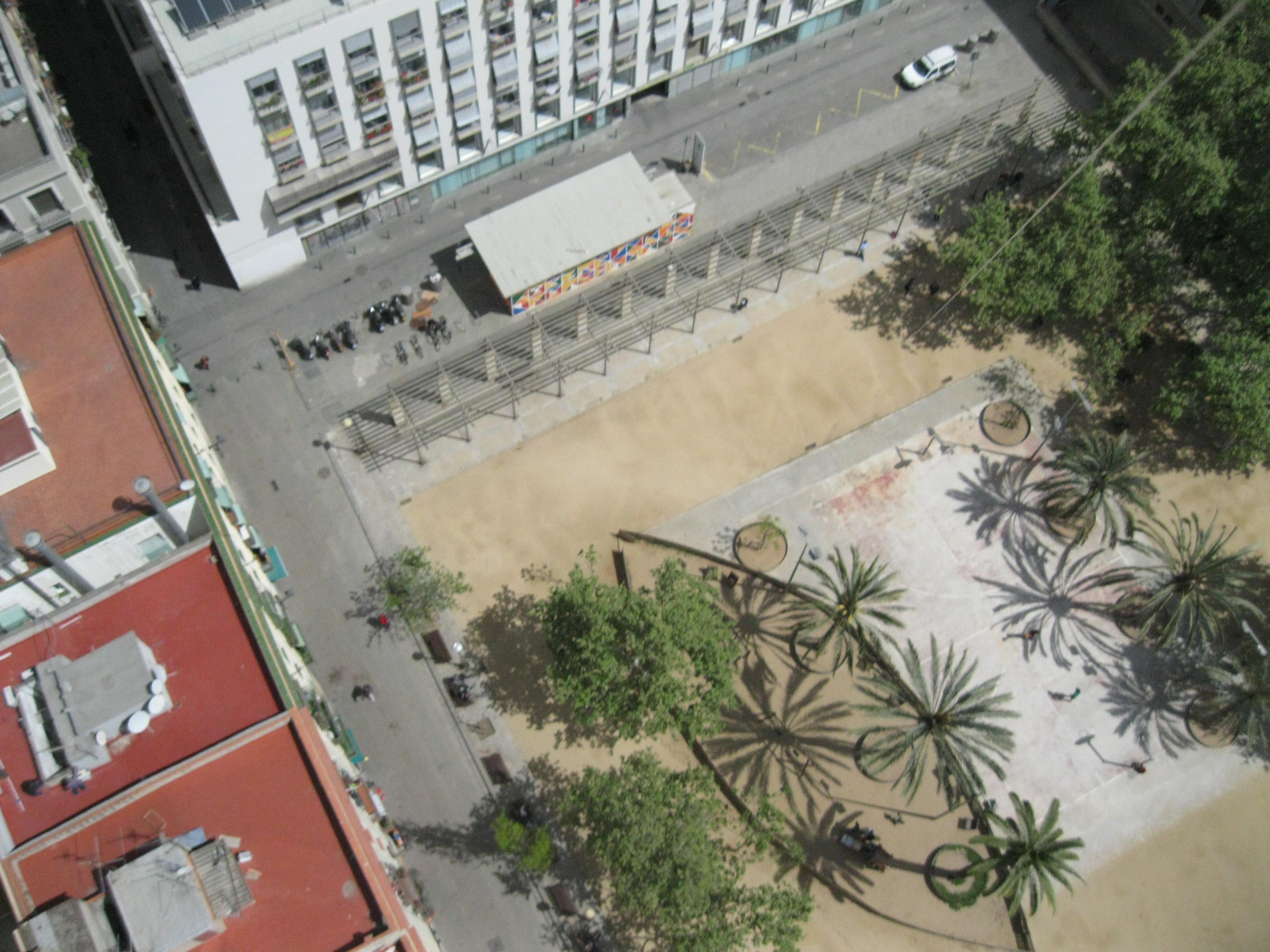 Plaça de Josep M. Folch i Torres. Barcelona