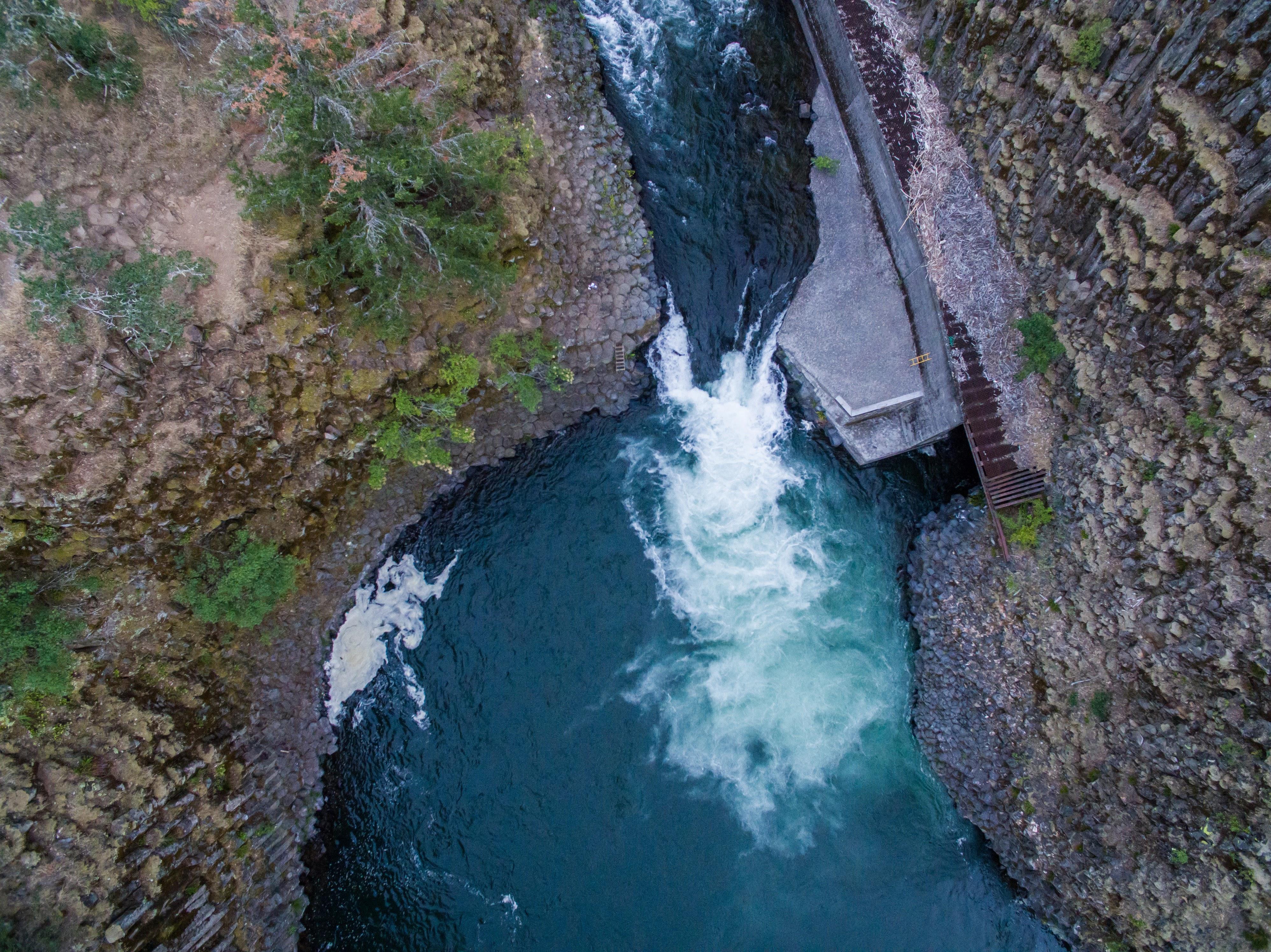 Hood River Punch Bowl Falls