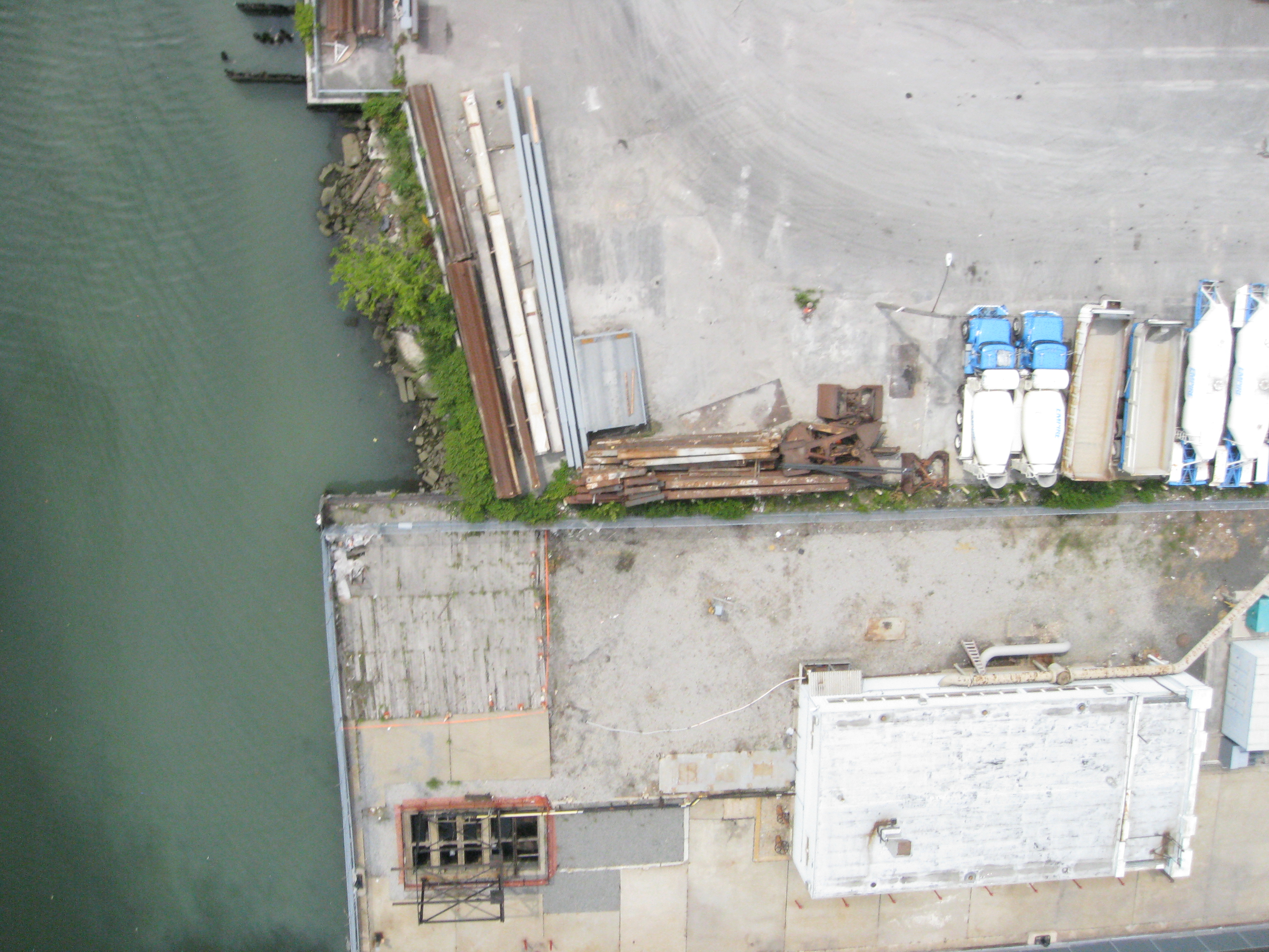 2011-08-06-brooklyn-newtowncreek