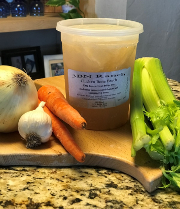 Pasture-raised Chicken Bone Broth