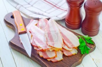 5 lbs Pork Bacon