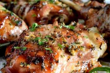 Turkey Thighs- Bone in