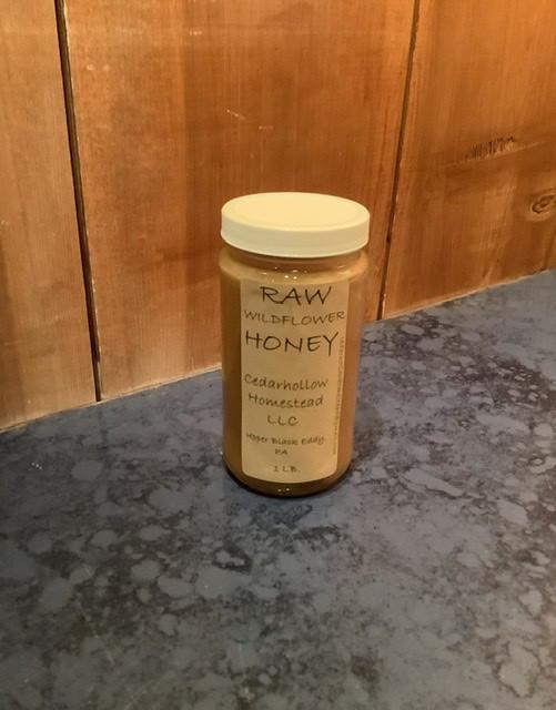 Cedarhollow Homestead Raw Wildflower Honey 1lb Jar
