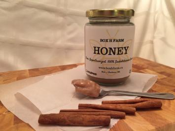 Creamed cinnamon honey