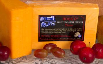 Hook's 3 Year Cheddar (Orange)