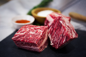 Callicrate Wagyu Short Ribs (Bone-In)