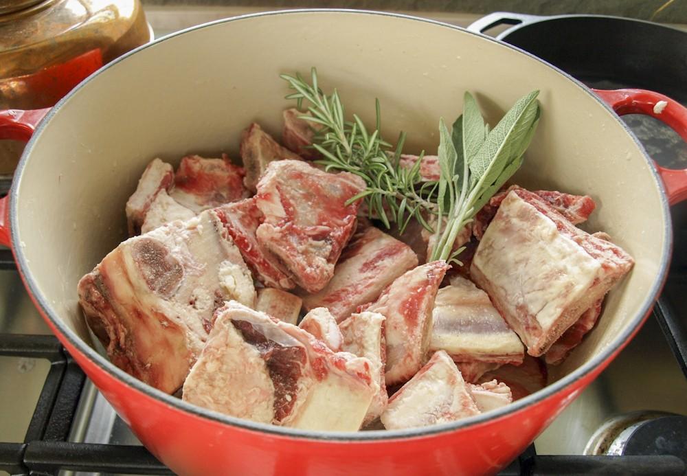 4 PK Beef Bones