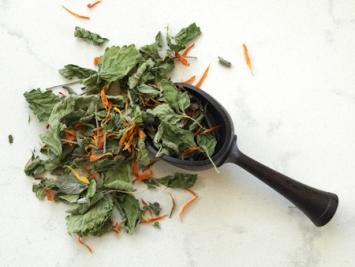 Loose Herbal Tea - calendula, sage and lemon balm