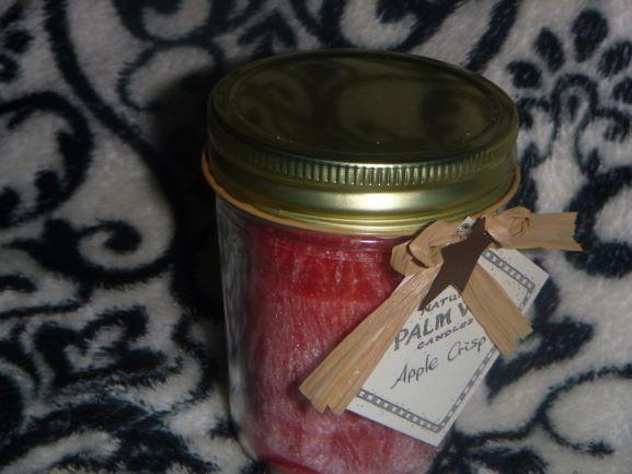 'Apple Crisp' scented Candle