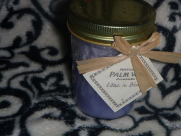 'Lilac in Bloom' scented Candle