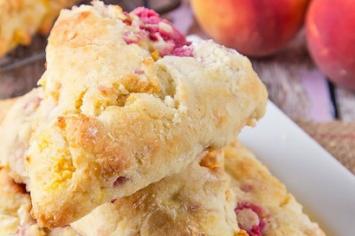 Raspberry & Peaches