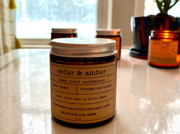 Cedar and Amber 4oz Candle