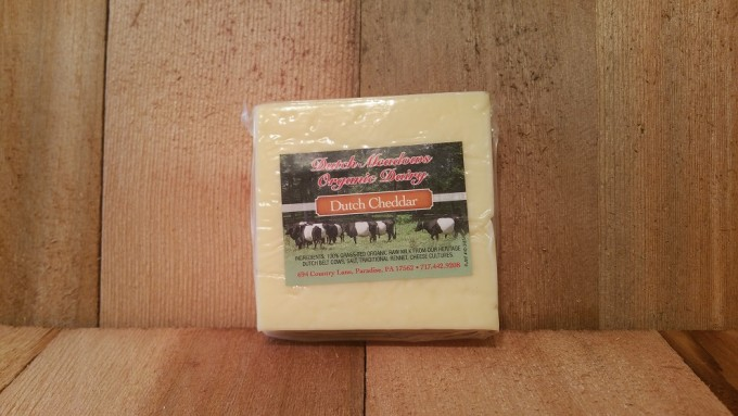 8 oz Dutch Cheddar Cheese