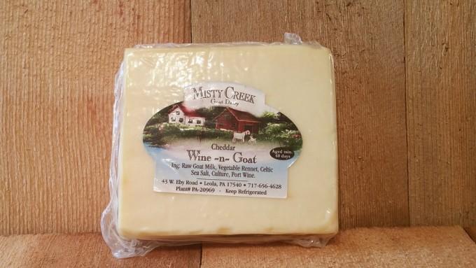8 oz Wine-n-Cheddar Goat Cheese