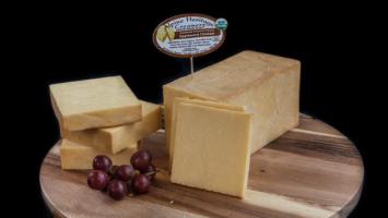 8 oz. Jersey Applewood Cheddar (A2A2)