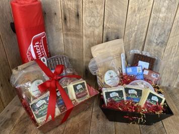 Dutch Meadows Large Gift Basket