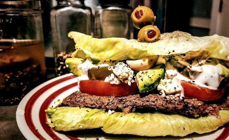 Cubed steak salad stack