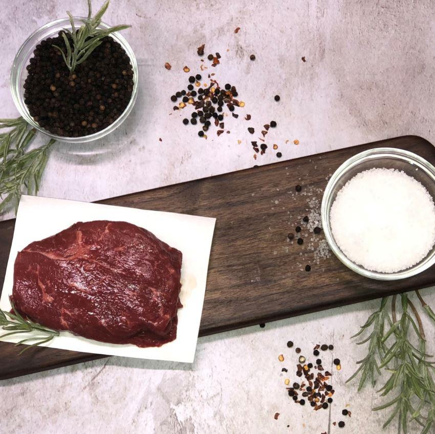 Sirloin CC Steak (6 oz) .