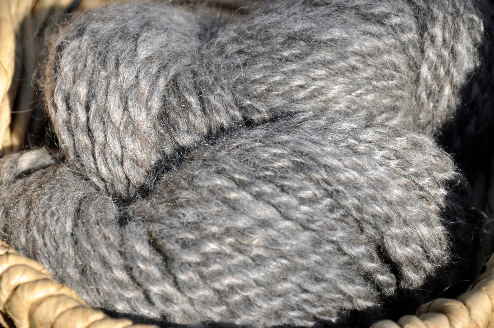 WoodSong™ Pewter Finnsheep Mohair Bulky Yarn