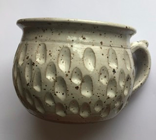 Scalloped Pottery Mug