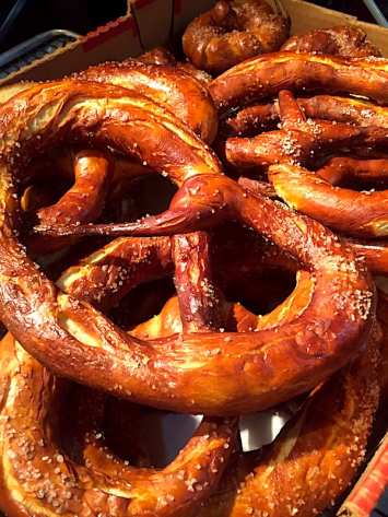 Swiss Baker - Large Soft Pretzel